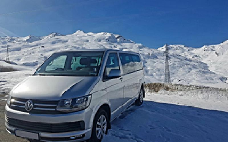 Vokswagen_T6_minibus